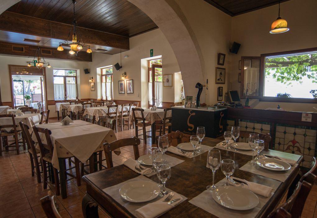 Εστιατόριο Μπουράκης - Κουνουπιδιανά Χανίων