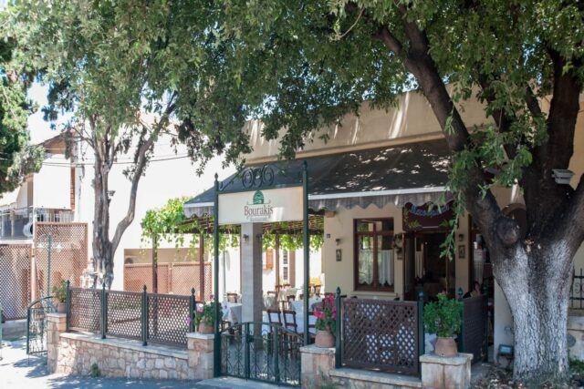 Παραδοσιακό Εστιατόριο - Κρητική Κουζίνα - Εστιατόριο Μπουράκης - Κουνουπιδιανά - Χανιά