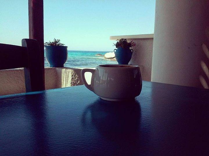 Καφέ στη Μικρή Βίγλα στου Λιοφάγου στη Νάξο